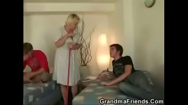 Hard anal, Cleaning, Old woman fucked, Old woman, Hard fuck