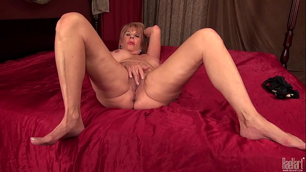 Mature, Electric, Sexy mature, Mature dildo